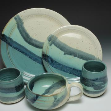 dinner set in beach glaze design